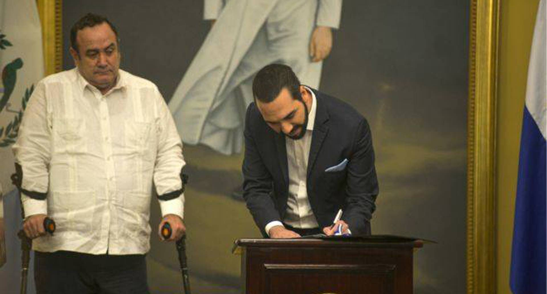 Alejandro Giammattei y Nayib Bukele firmaron un acuerdo histórico. Foto: Getty Images