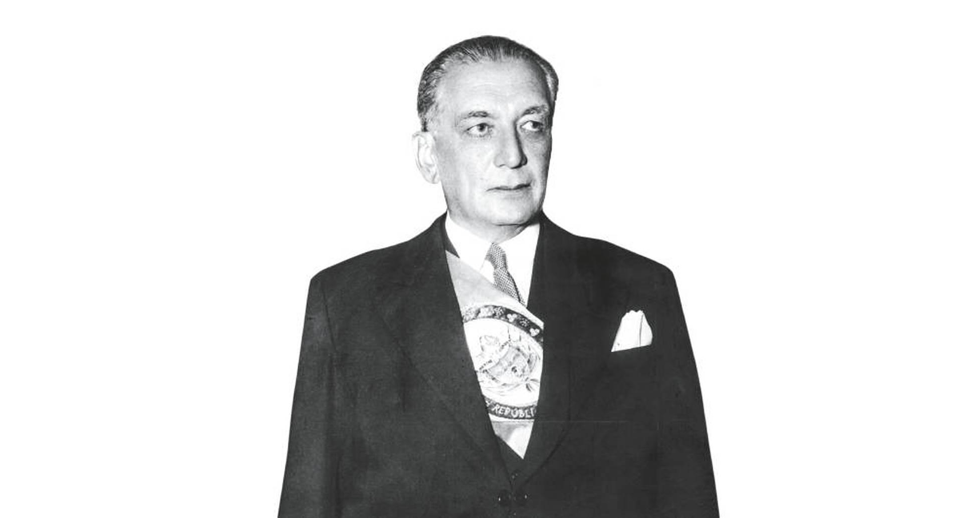 """Dice Alberto Casas en su libro que Laureano Gómez resultó ser el único """"paganini"""" de la lucha entre liberales y conservadores, ya perfeccionado el pacto del Frente Nacional creado por él y Alberto Lleras (1958-1974)."""