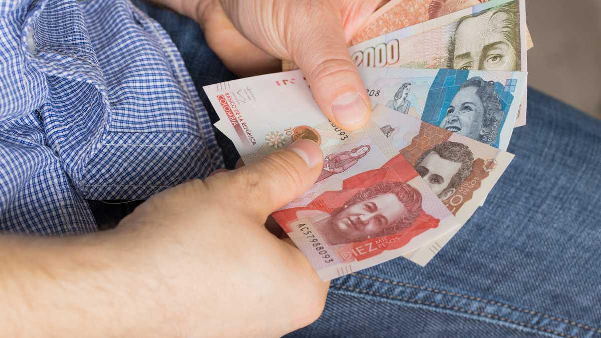 Peso colombiano se depreció 6,68 % en el primer trimestre de 2021