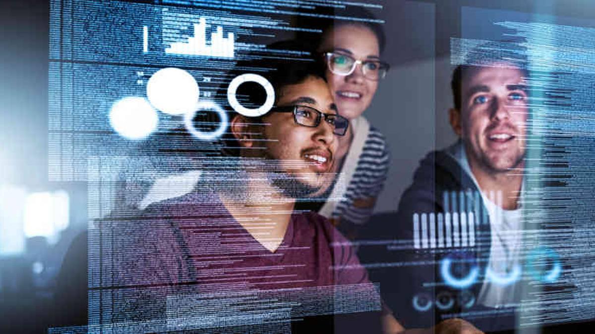 En estos tiempos de convergencia de medios y auge del mundo digital ser desarrollador de software es la mejor opción. Podría ganar hasta $101.000 dólares al año y, en un plazo de 10 años, habrá una demanda de más de 200.000 puestos de trabajo.