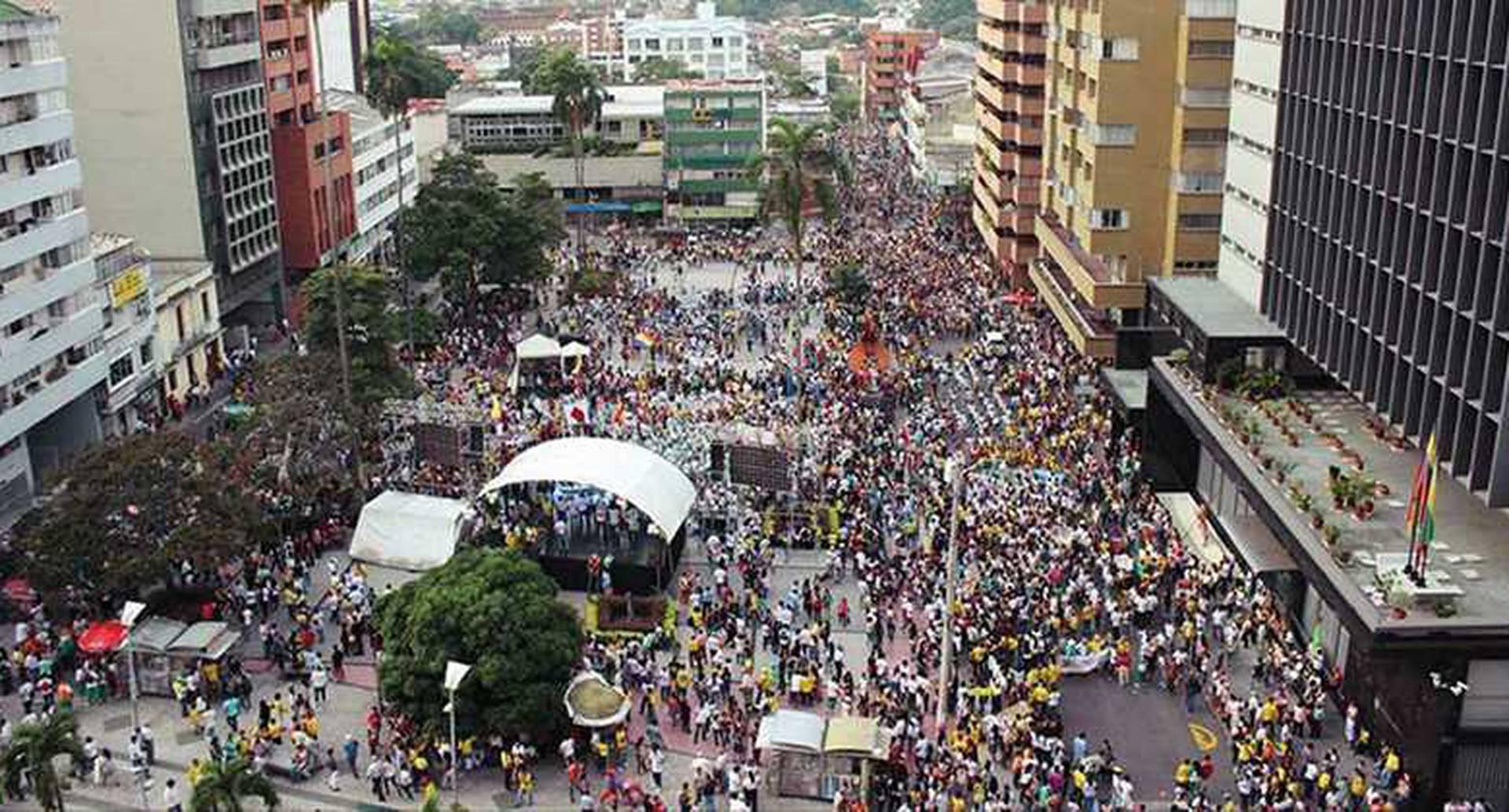 Movilización en Ibagué reportada por Justicia Ambiental Colombia (@RJAColombia)
