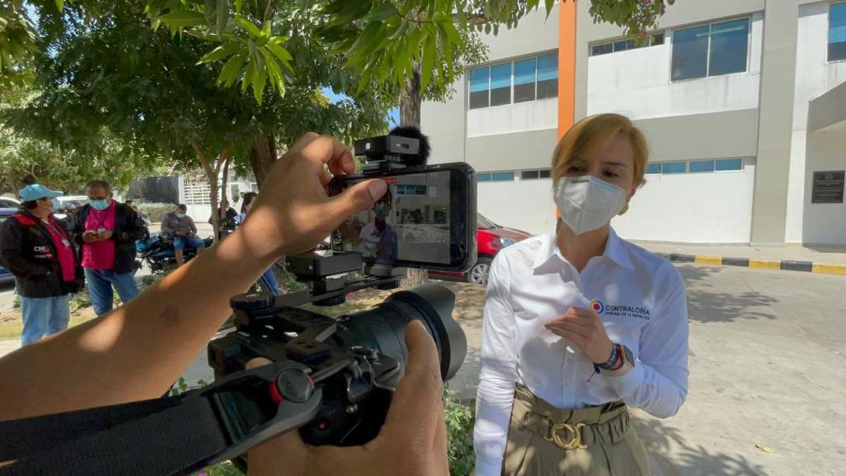 Lina Aldana contralora delegada de Salud