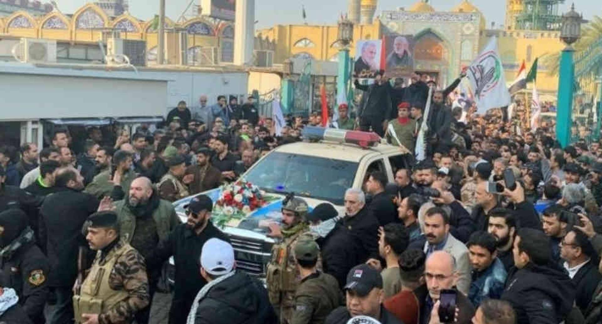 Miles salieron a las calles de Bagdad para el cortejo fúnebre de Qasem Soleimani.