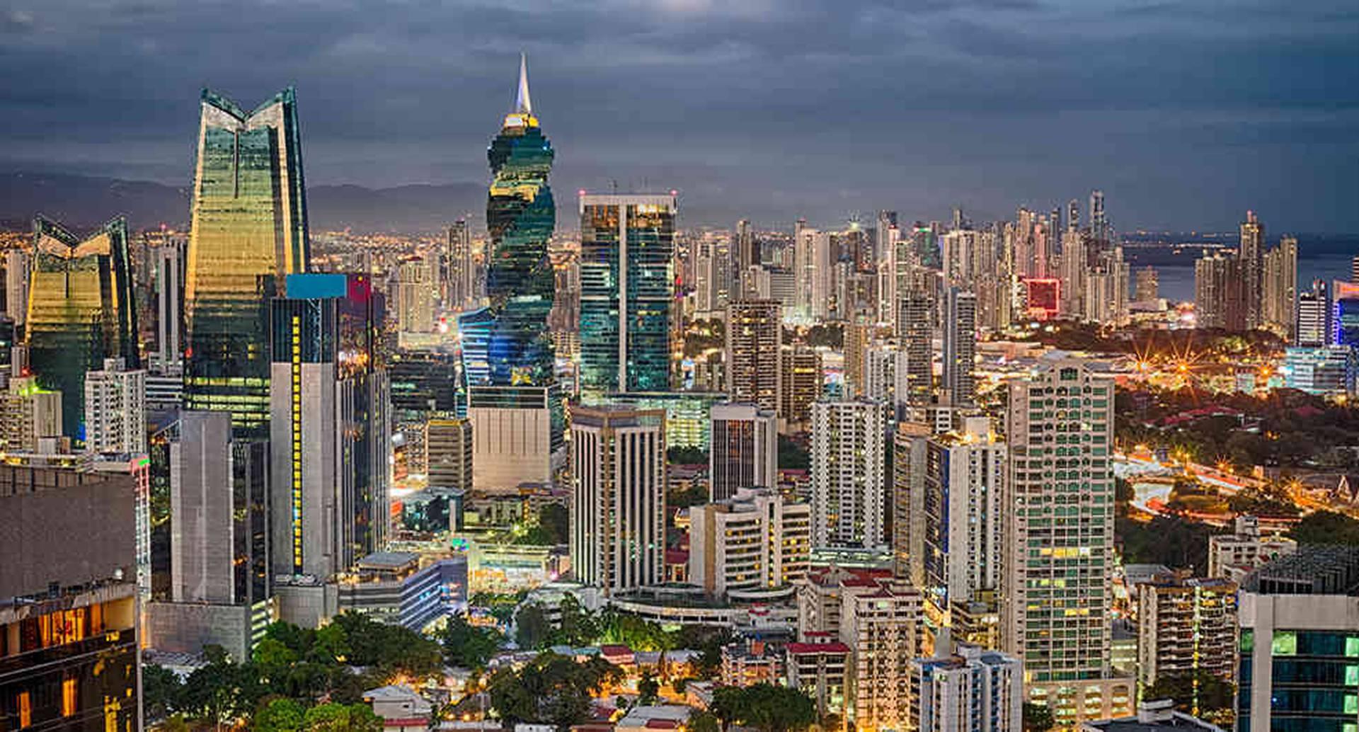 El 90 por ciento de las exportaciones de Panamá corresponden al sector de servicios.