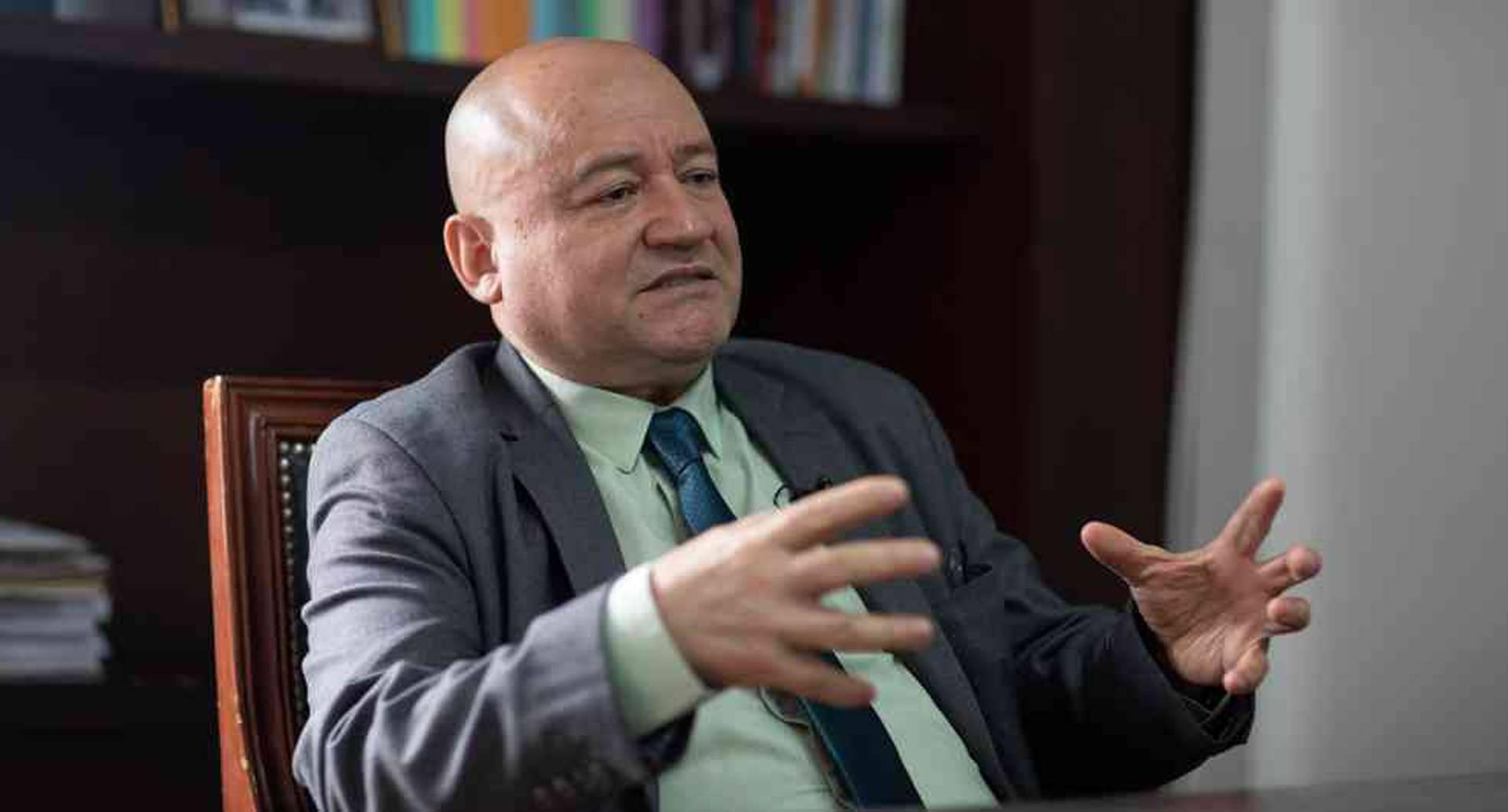 Senador del Partido Farc, Carlos Antonio Lozada.
