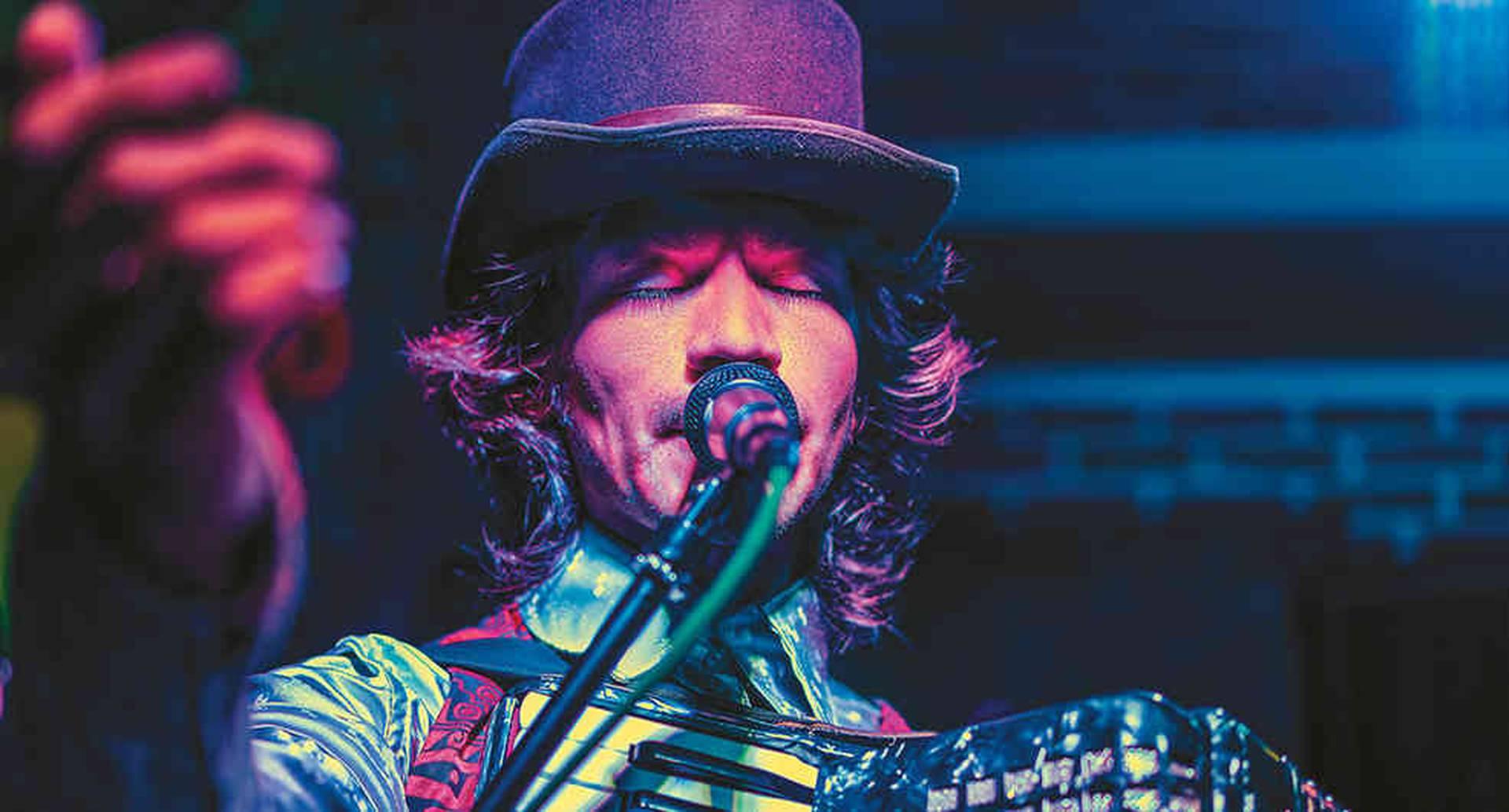La agrupación pastusa ha llevado mezclas de ritmos andinos con 'balkan beat' y cumbia a escenarios como Rock al Parque.