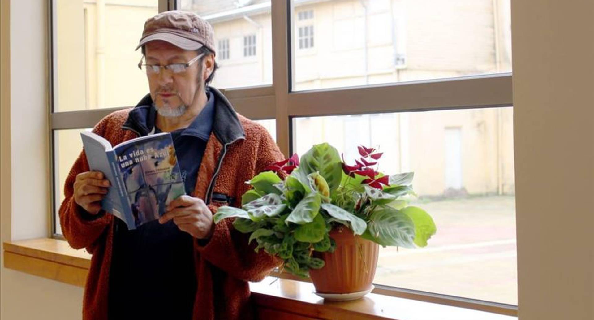 Elicura Chihuailaf, primer poeta mapuche en ganar el Premio Nacional de Literatura en Chile. (Crédito obligatorio: Cortesía Universidad de La Frontera)