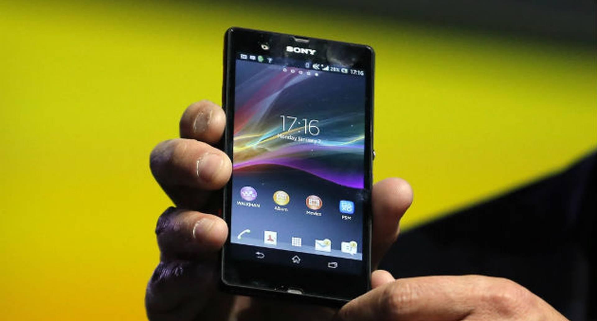 Cuanto más jóvenes más proclives somos de abusar en el uso de smartphones, dicen expertos.