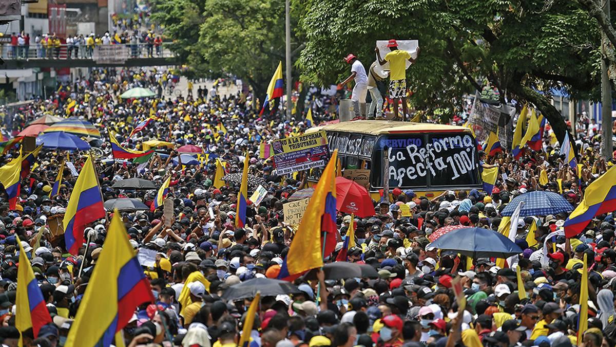 🔴 Minuto a minuto | Paro nacional este 8 de mayo: así avanza la jornada en  Bogotá, Cali y Medellín