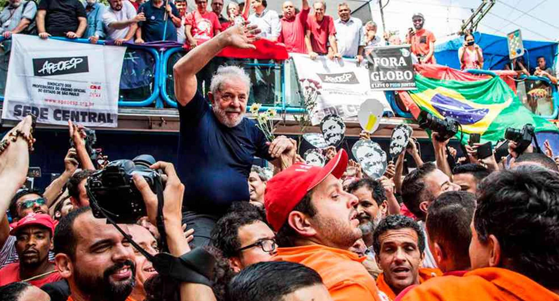 Lula da Silva queda en libertad a partir de hoy.