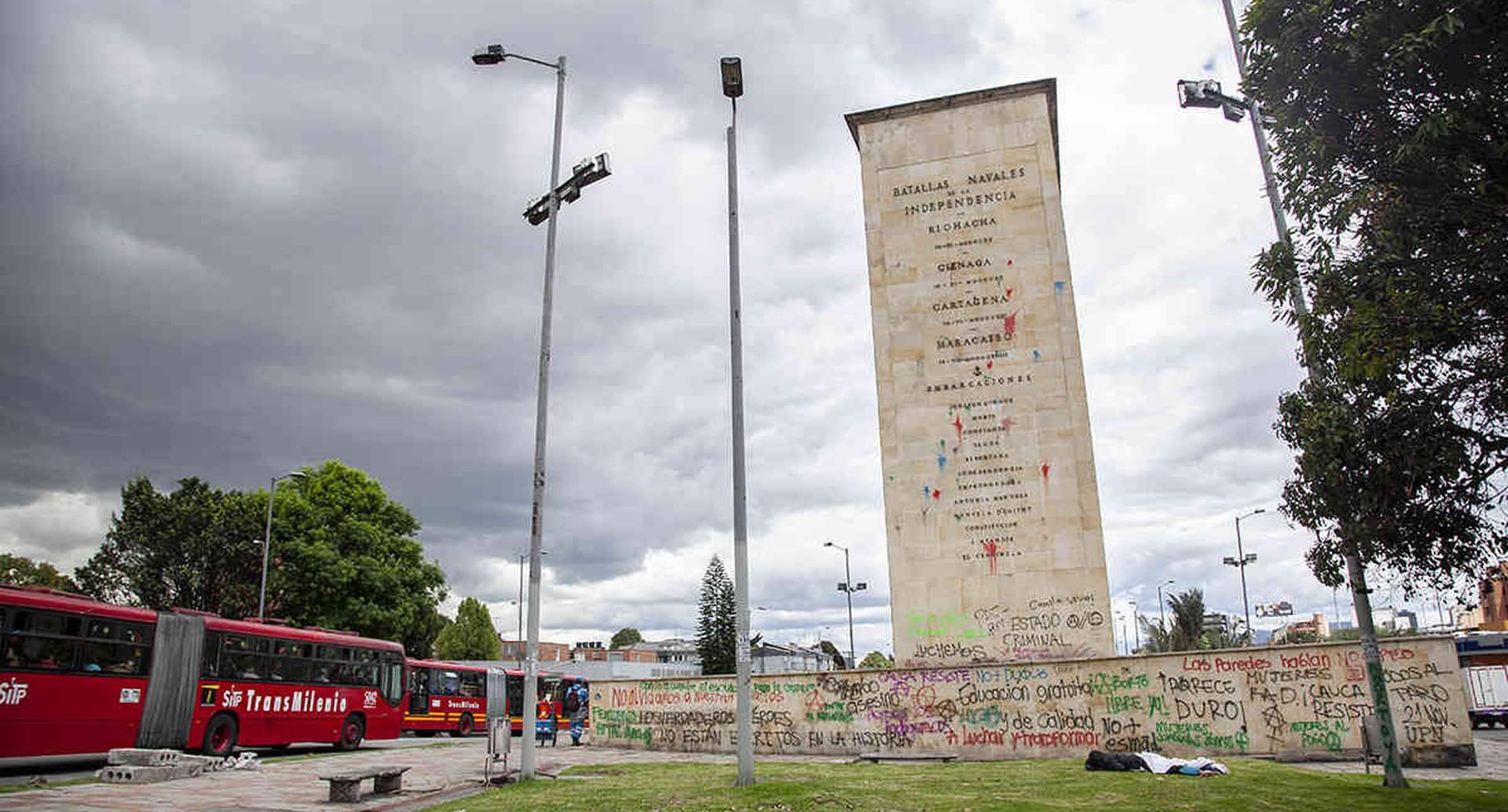 La movilización estudiantil del 31 de octubre se aglomeró en el monumento a Los Héroes. Foto: Bani Gabriel Ortega