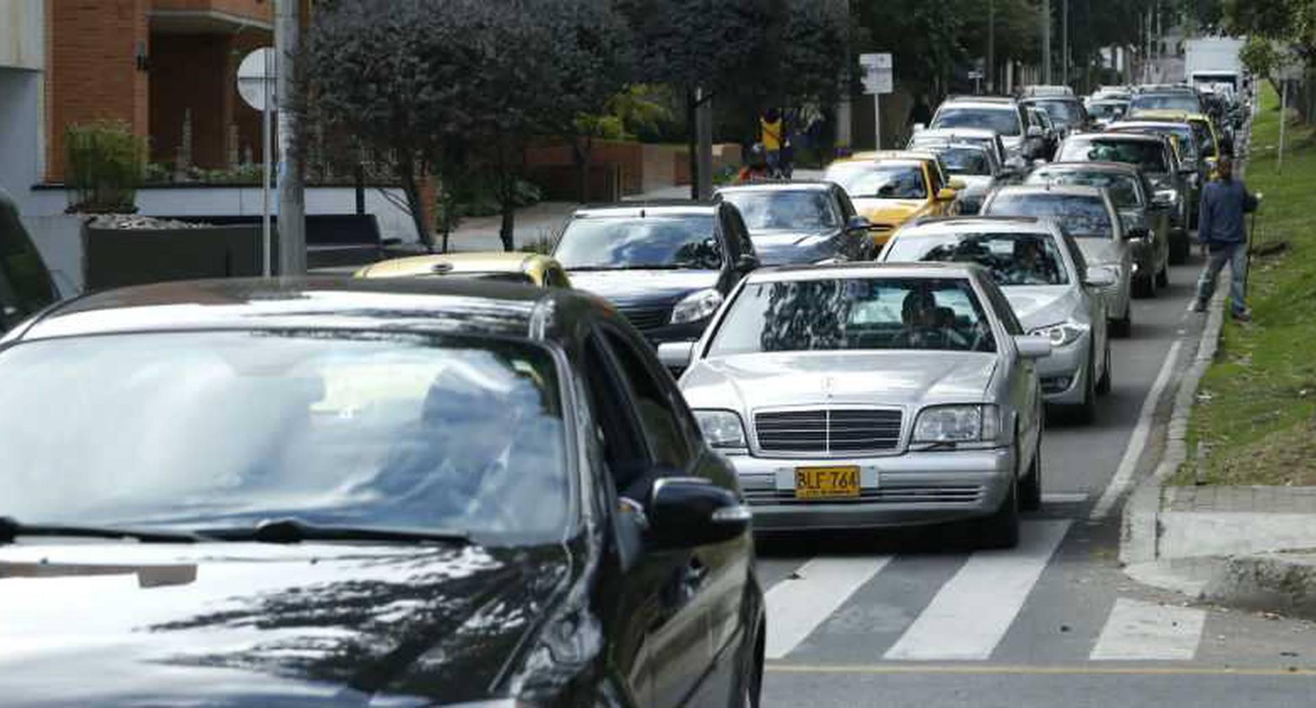 En el año 2000 se creó el pico y placa con el fin de reducir el uso del carro. 19 años después hay 2,4 millones de carros.