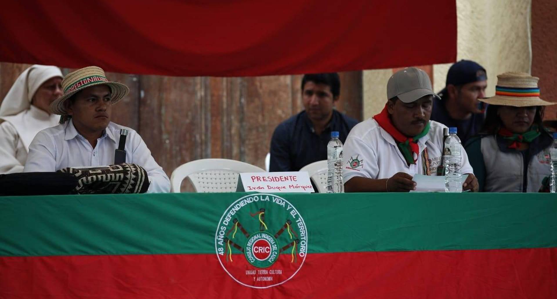 Iván Duque dejó la silla vacía y no se reunió con los indígenas para dialogar sobre los acuerdos establecidos. FOTO: Esteban Vega