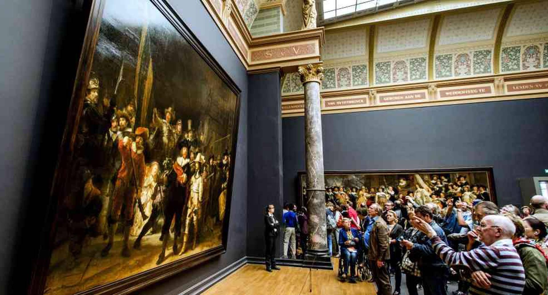 Dos millones de personas atrae la obra del 'Maestro de la luz'. Foto: ROBIN VAN LONKHUIJSEN / ANP / AFP