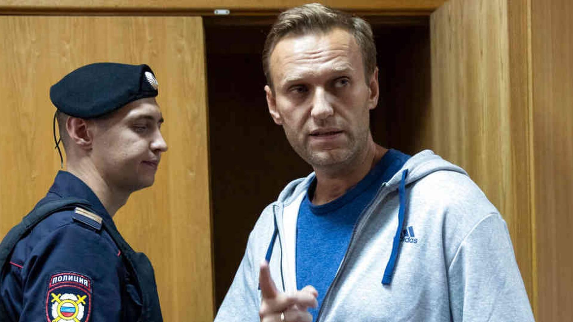 Caso Navalni: encuentran veneno en botella del hotel donde estuvo el  opositor ruso