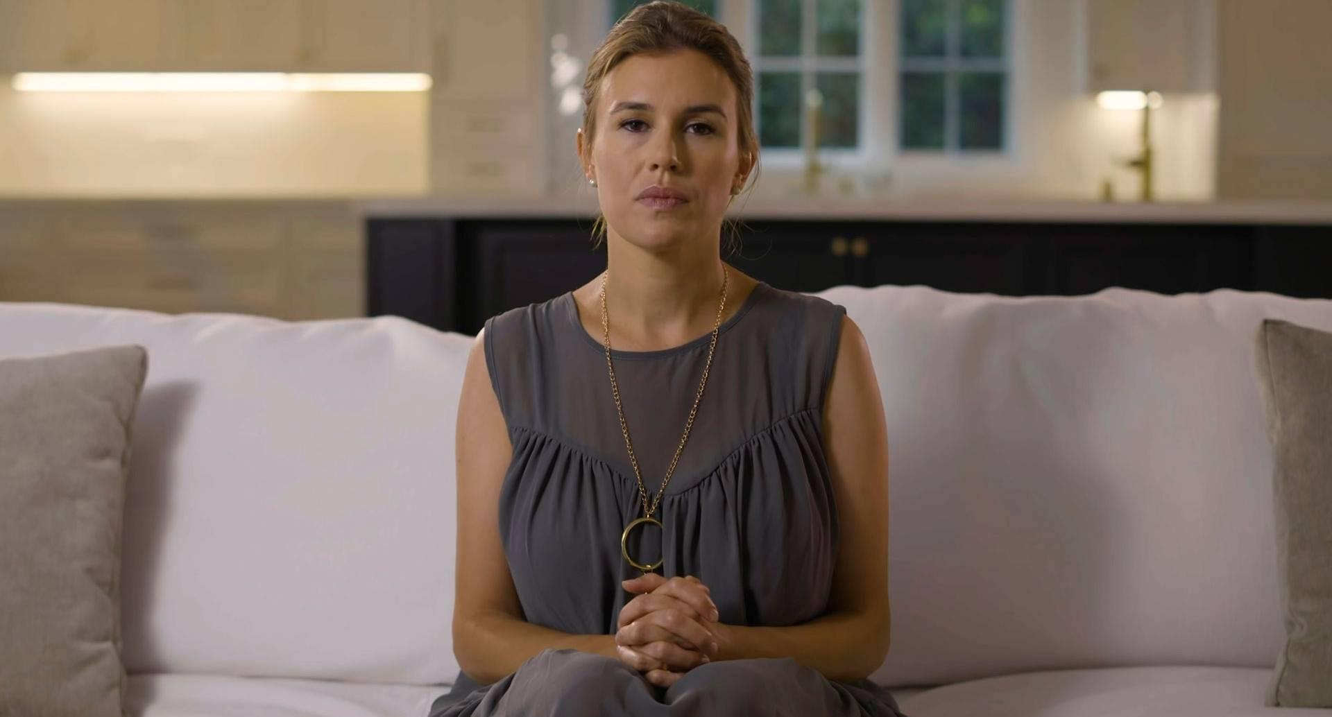 Alexandra Sarini, la heredera de Gucci que denuncia haber sido abusada por tres miembros de su familia.