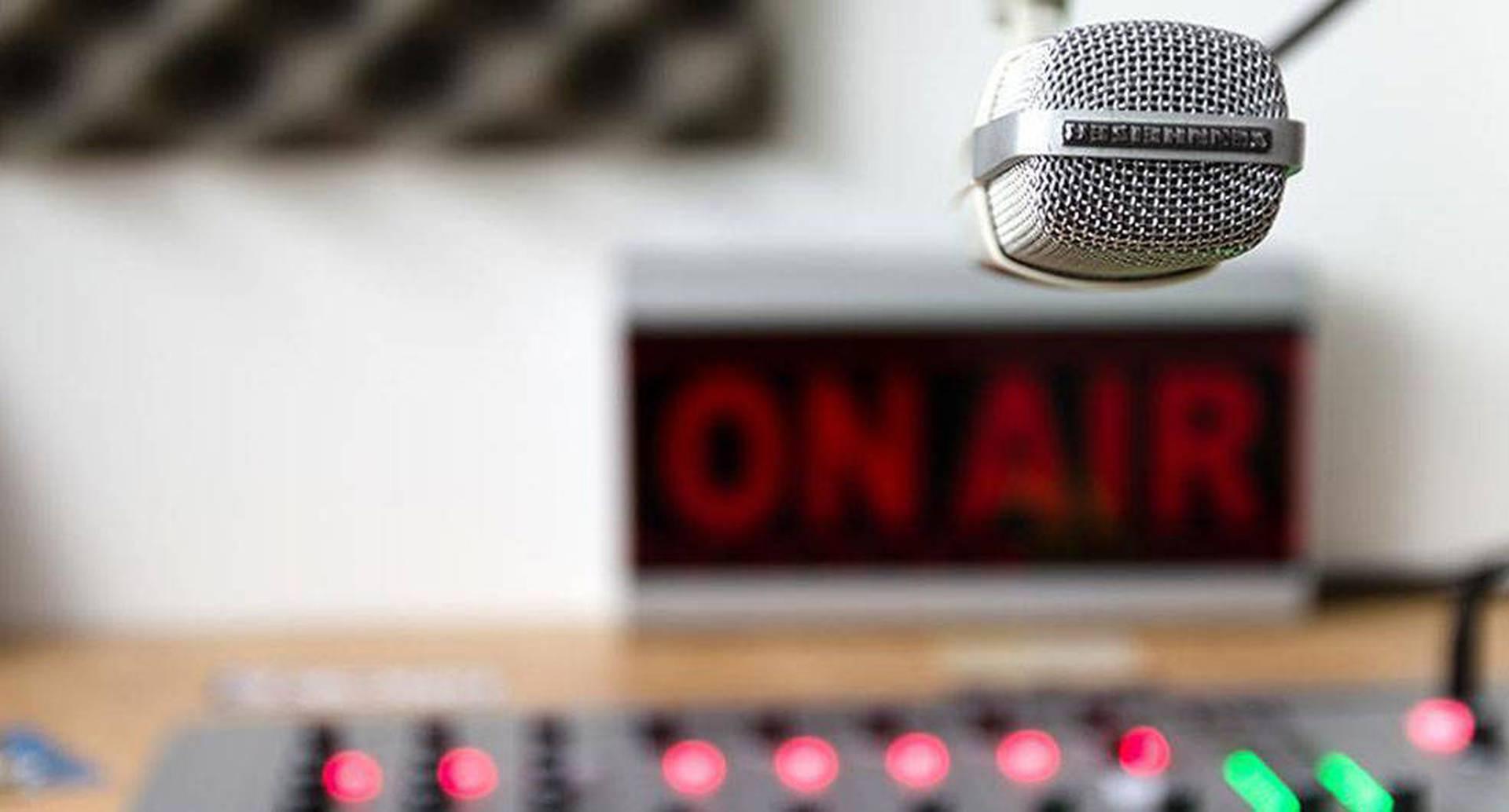 Según la FLIP en Colombia existen 1.237 emisoras.