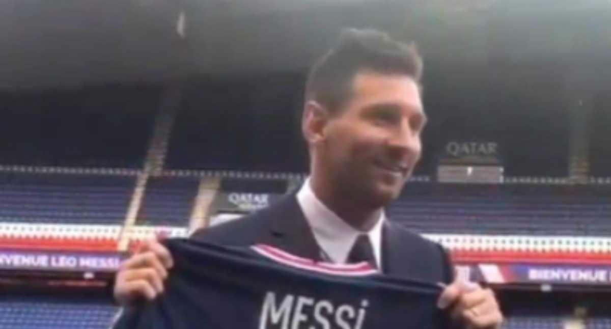 ¡Atención! Messi ya luce la camiseta del PSG con este número en su espalda