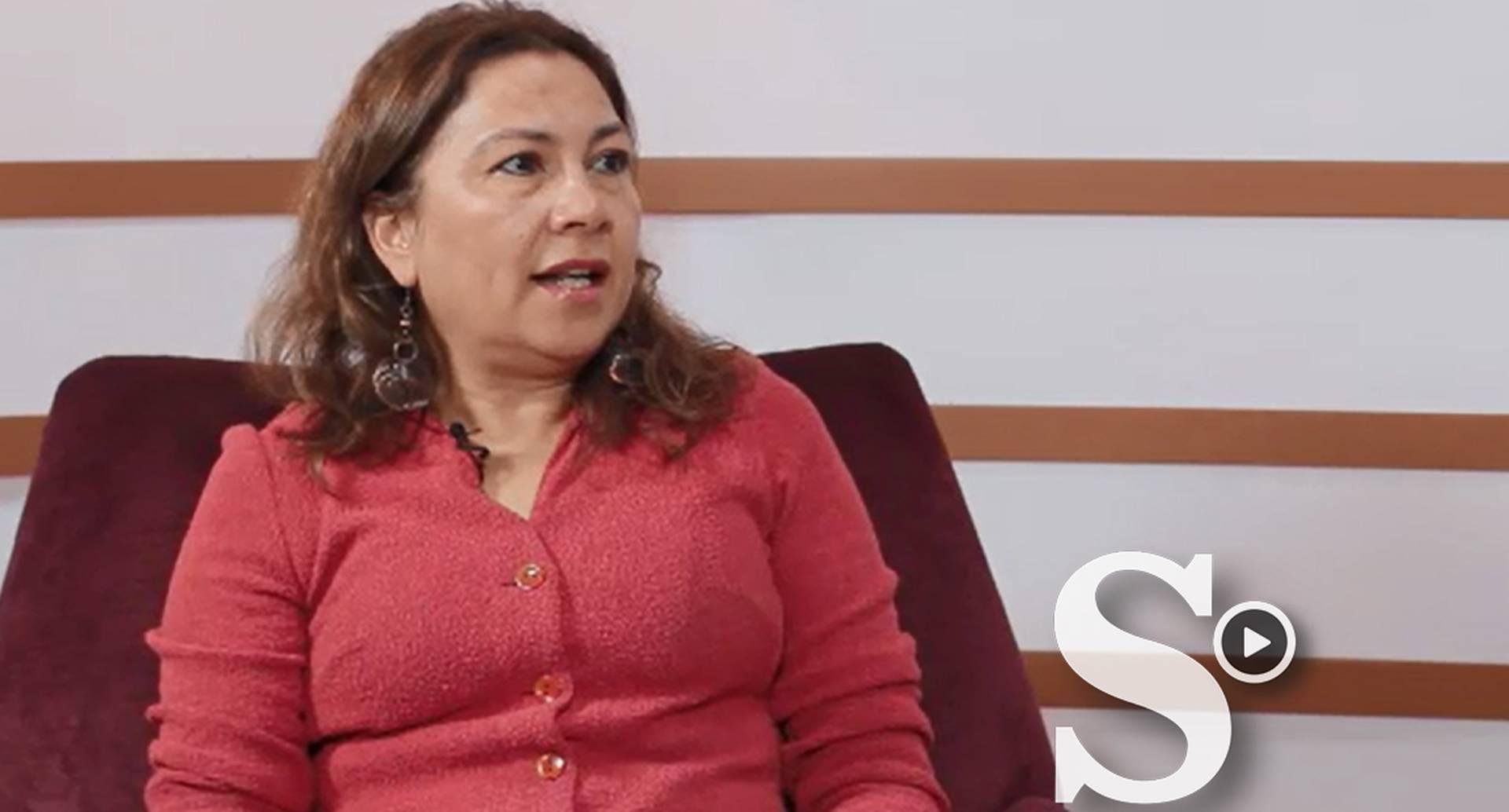 Gloria Valencia