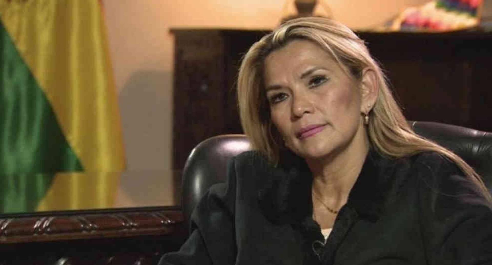 La abogada de 52 años de edad era vicepresidenta del Senado a nombre de la oposición.