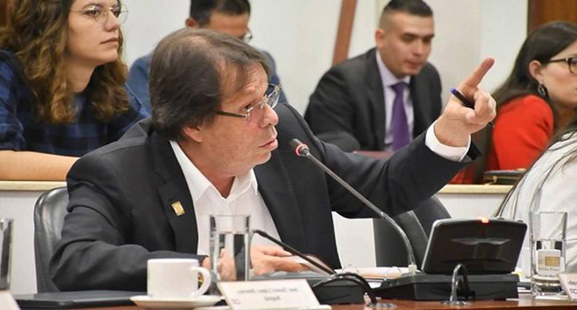 El representante César Lorduy ha sido uno de los congresistas más críticos frente a las decisiones anunciadas por Electricaribe.