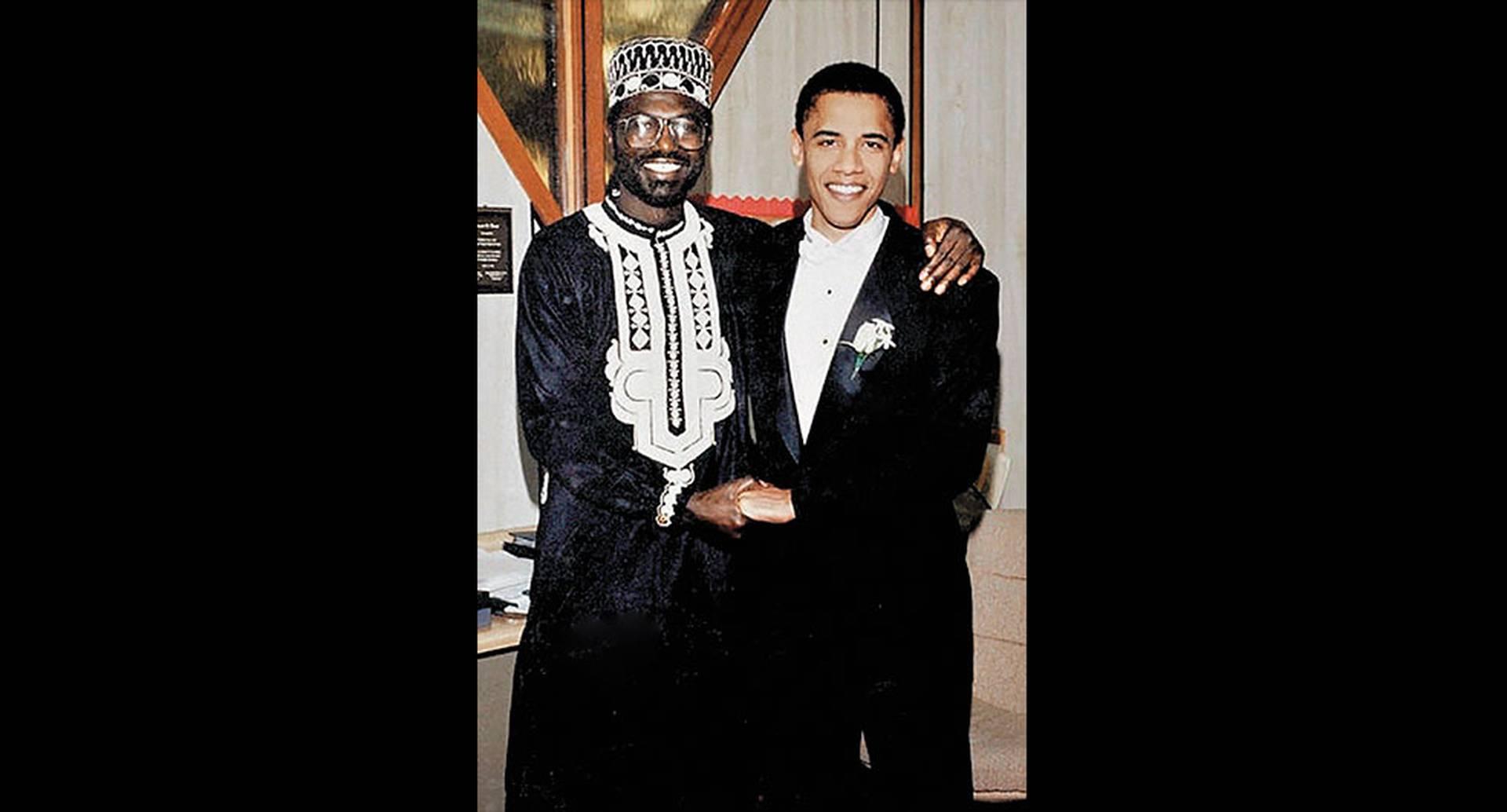 Malik es medio hermano del expresidente por parte de su padre. Eran tan unidos que el futuro presidente lo nombró padrino en la boda con su esposa Michelle, en 1992, como lo recuerda esta imagen.