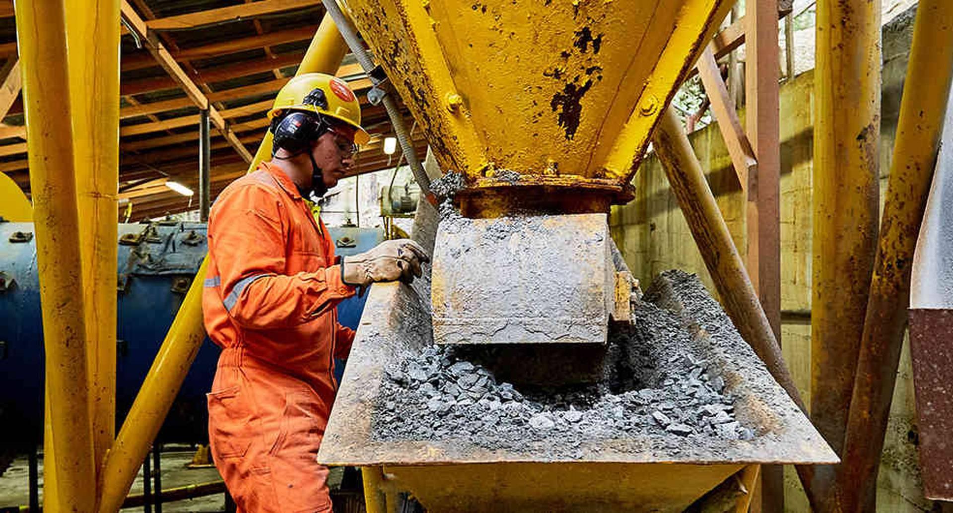 La meta establecida para el 2018 es lograr la eliminación del uso de 100,8 toneladas de mercurio al año.