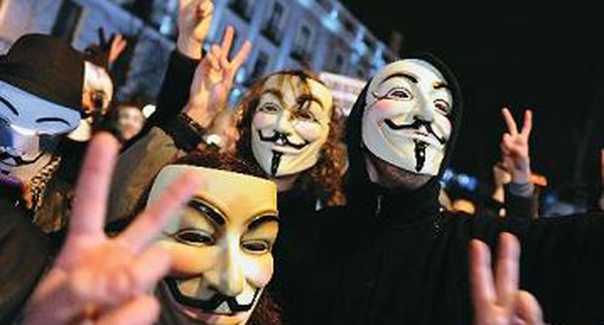 Anonymous filtró datos y correos del Ejército Nacional, esto es lo que se sabe