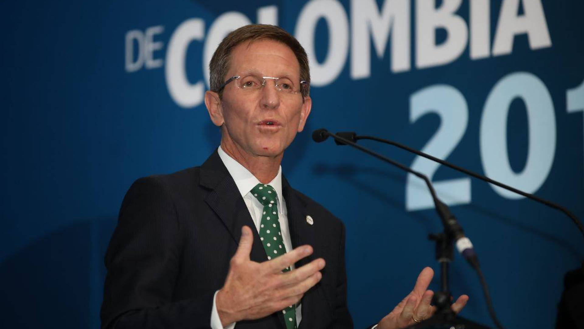 Emilio Archila, consejero presidencial, dio positivo para coronavirus
