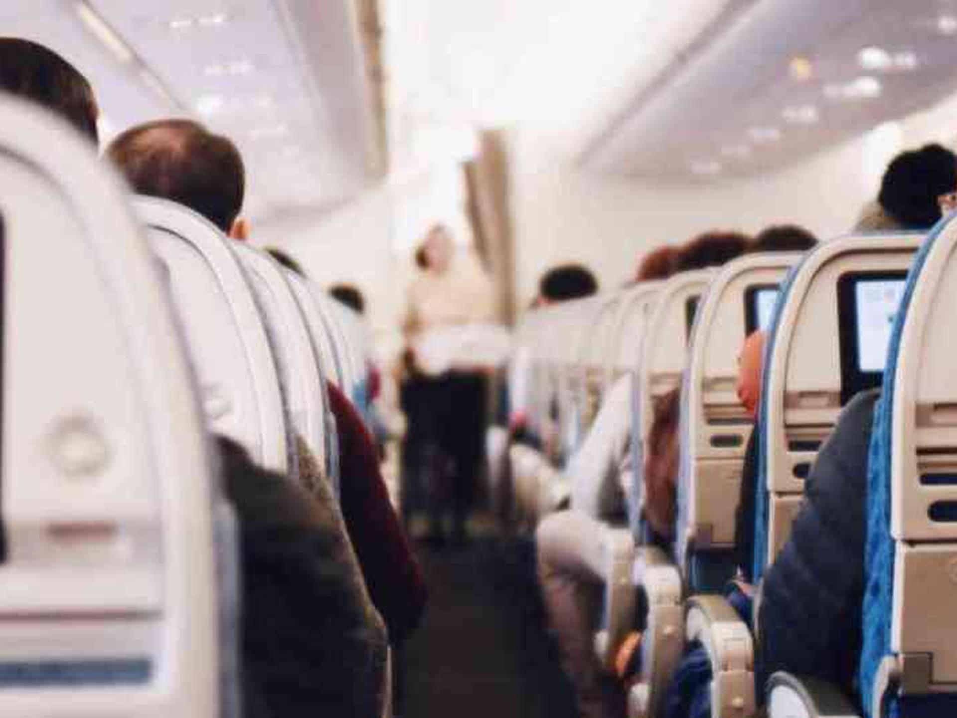 De acuerdo con la IATA, ha pasado más de medio año desde que se destruyó la conectividad global luego de que los países cerraran sus fronteras y decretaran los confinamientos estrictos para combatir la pandemia.