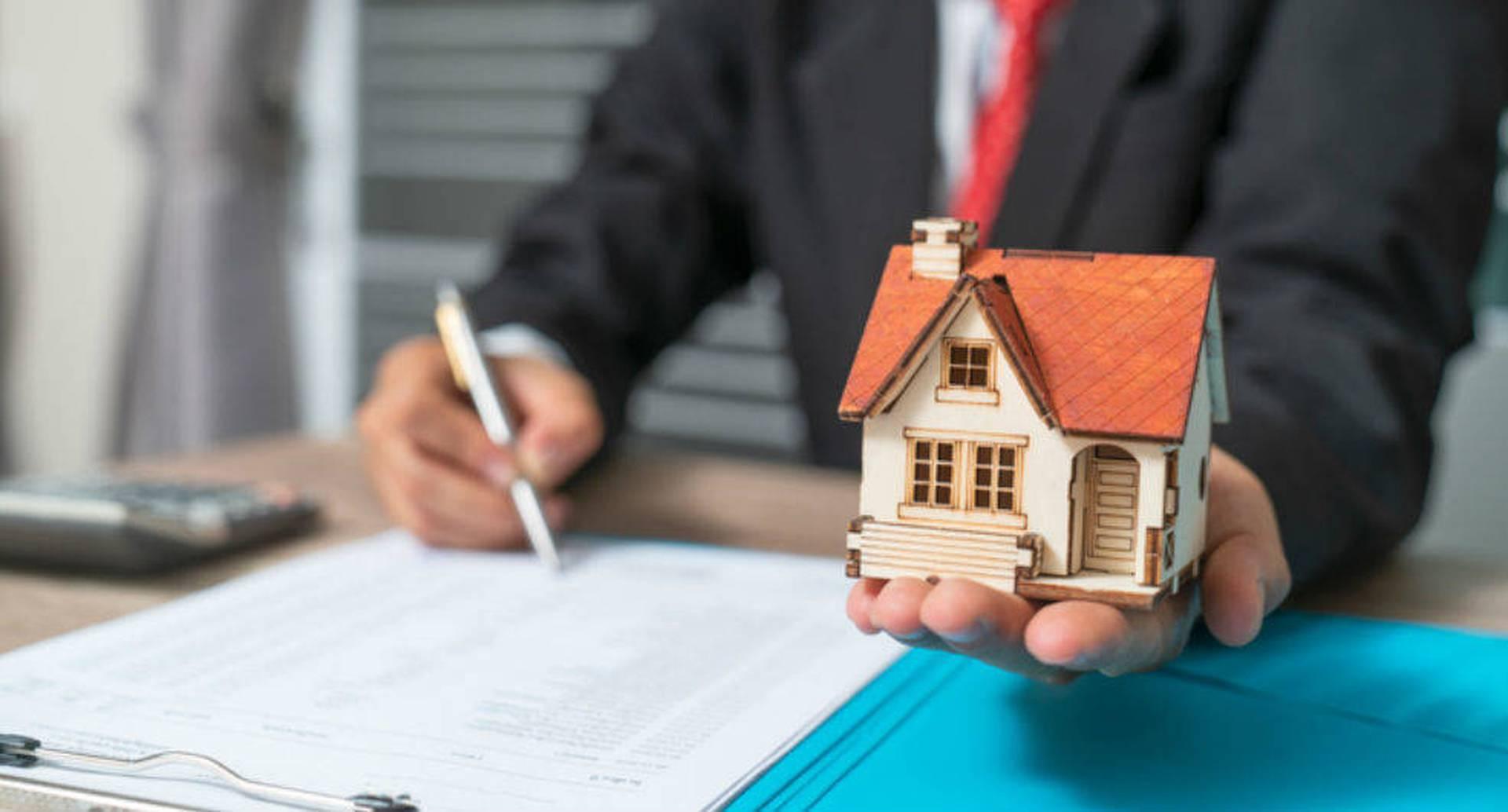 Comprar vivienda es una alternativa para adquirir patrimonio. GETTY