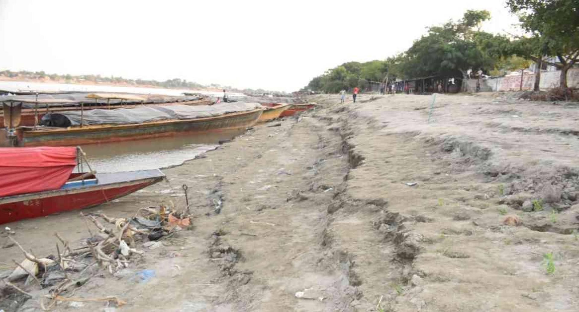 Cerca de tres metros se ha reducido el cauce del río Cauca, a la altura de Magangué (Bolívar). Foto: Alcaldía de Magangué.