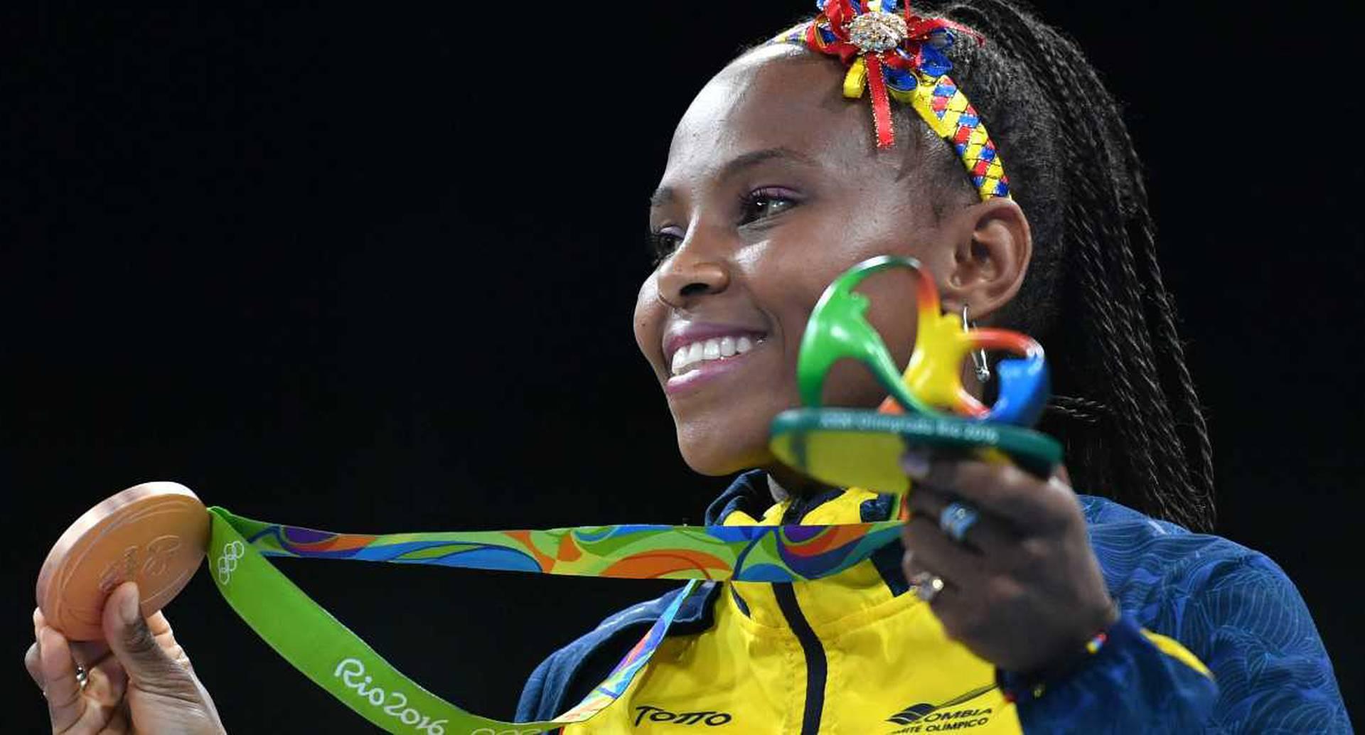 La alegría de Ingrit Valencia y su medalla de bronce. Yuri Cortez/ AFP