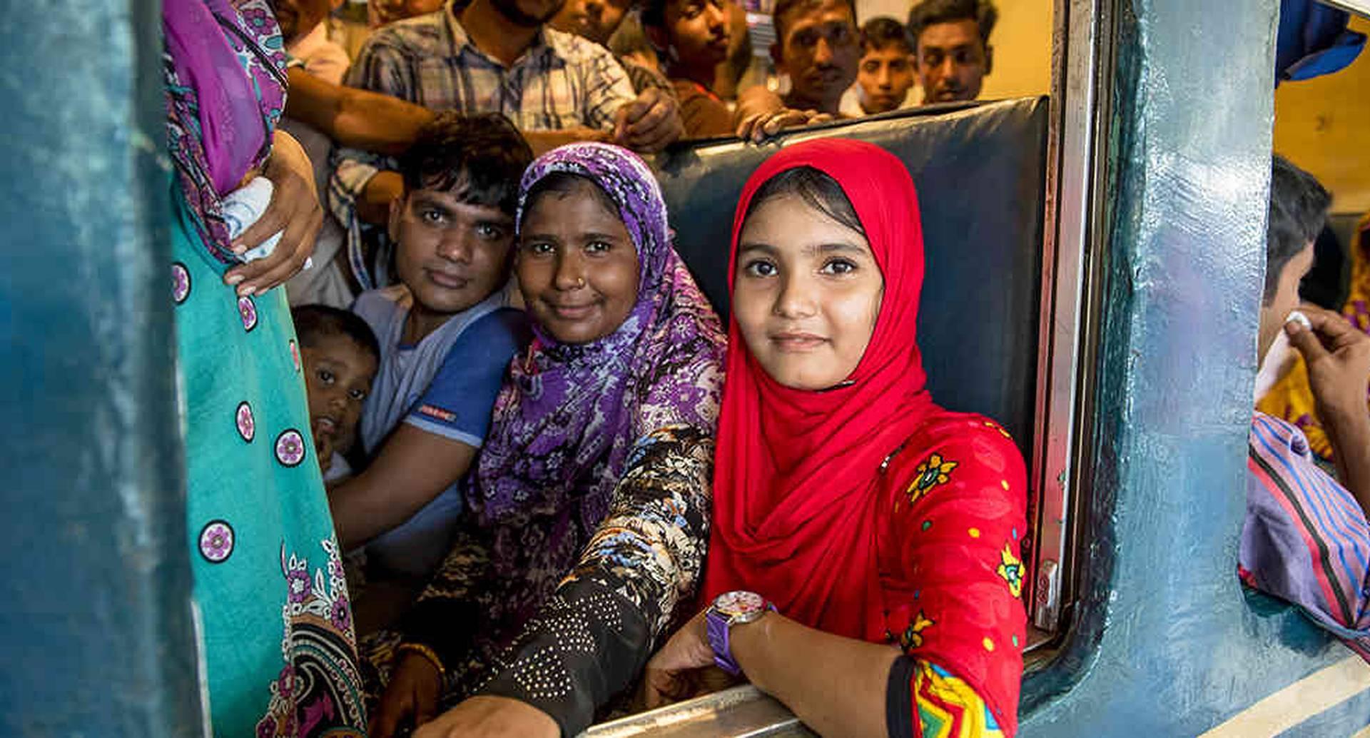 El tren de Bangladesh  transportó 65 millones de pasajeros en 2014 y no da abasto. Foto:  iStock