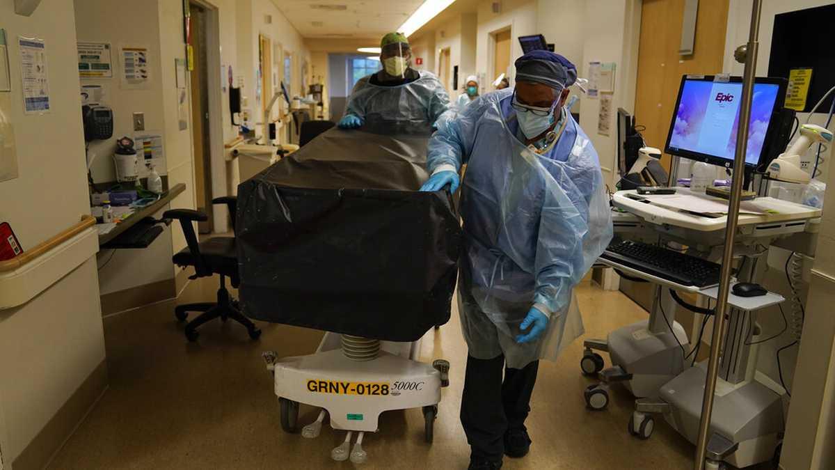 Hospital en Florida se desborda de casos de coronavirus y rechaza a  pacientes con cáncer