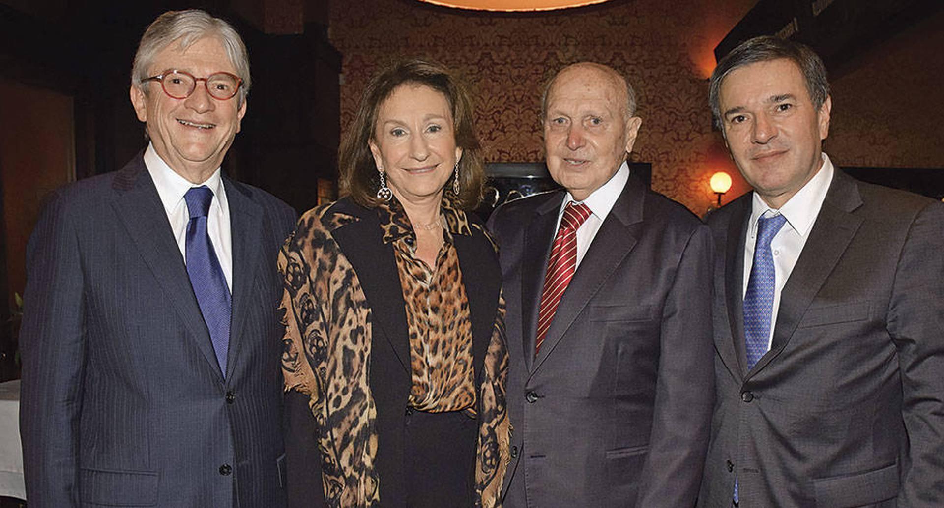 Carlos Antonio Espinosa, Anita Krell , Camilo Cabrera y Santiago Cabrera.