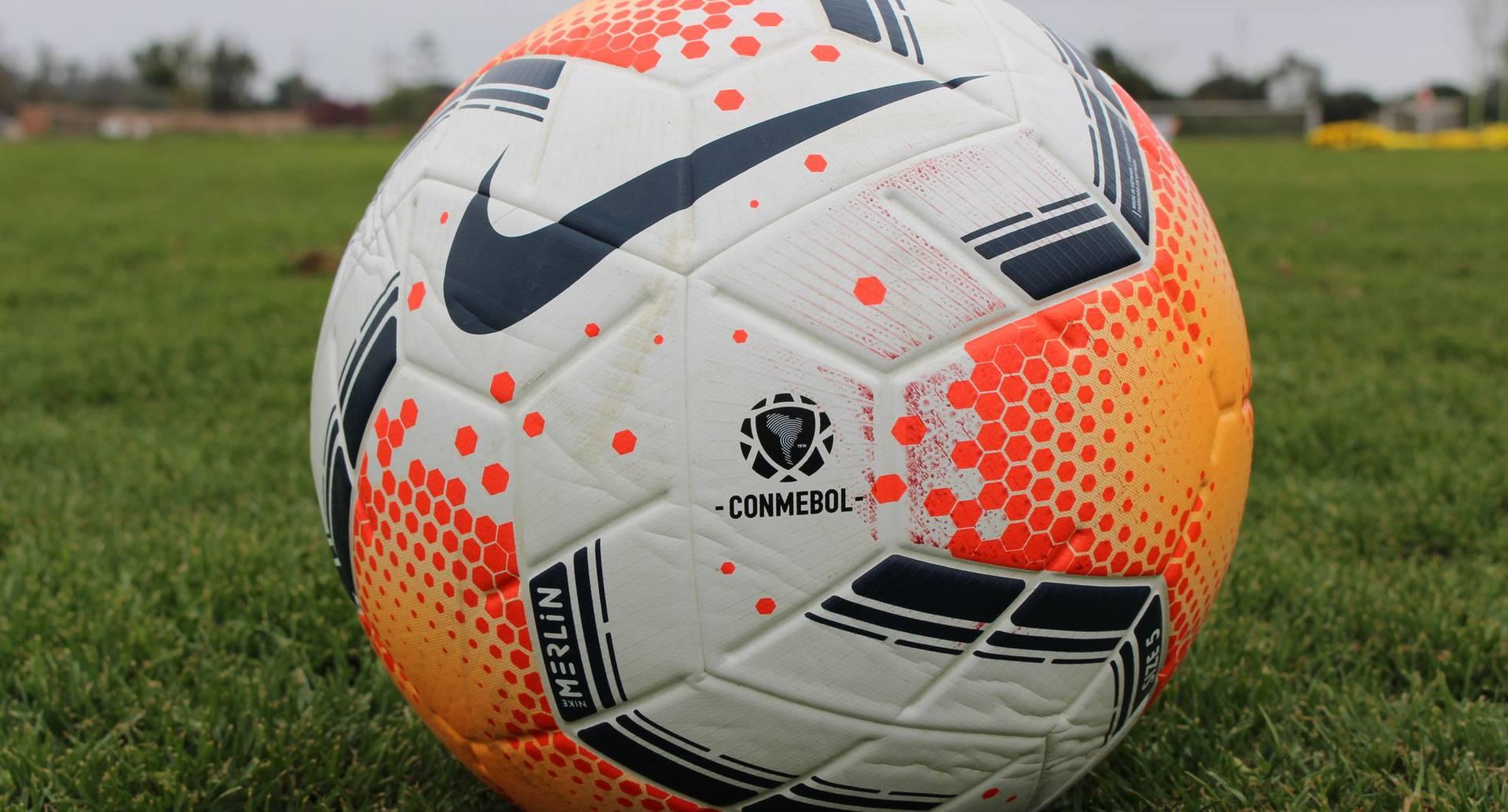 La Copa Libertadores también tendrá el partido del Deportivo Binacional de Perú ante LDU Quito.
