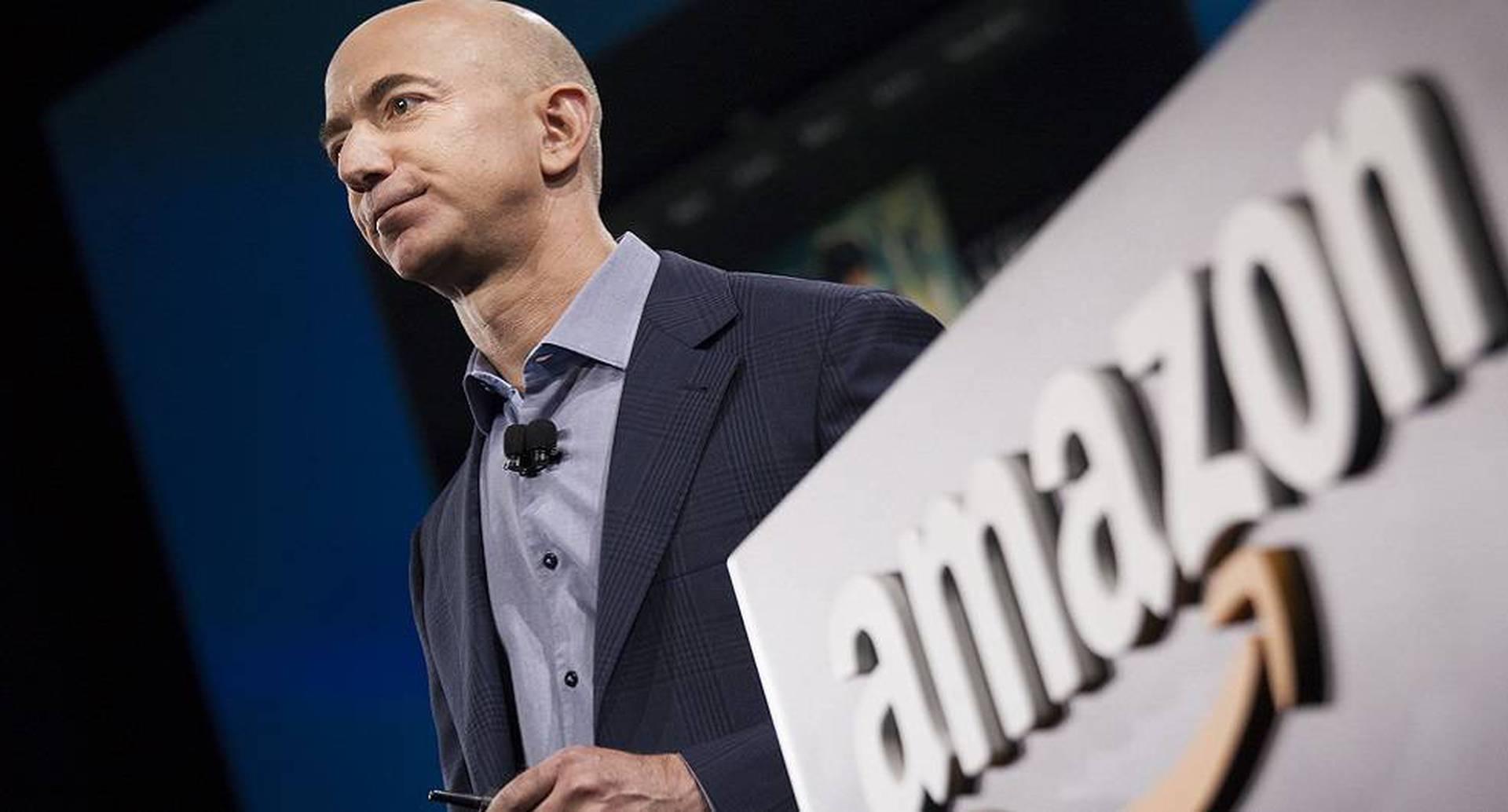 Jeff Bezos, cabeza de Amazon.