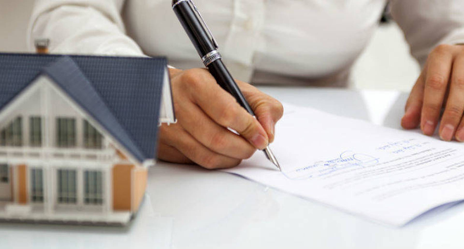 Nuevo proyecto de ley de vivienda trae cambios en subsidios, tanto para arriendo social como para compra de casa.