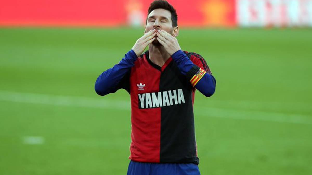 La Multa Que Deberá Pagar Messi Por Su Homenaje A Maradona Y La Polémica Por Adidas Y Nike