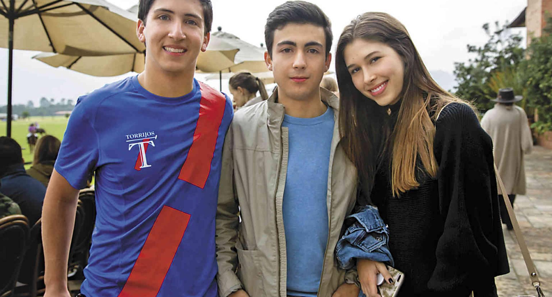 Pablo Hernández de Alba, Antonio Mora y Valentina Echeverry.