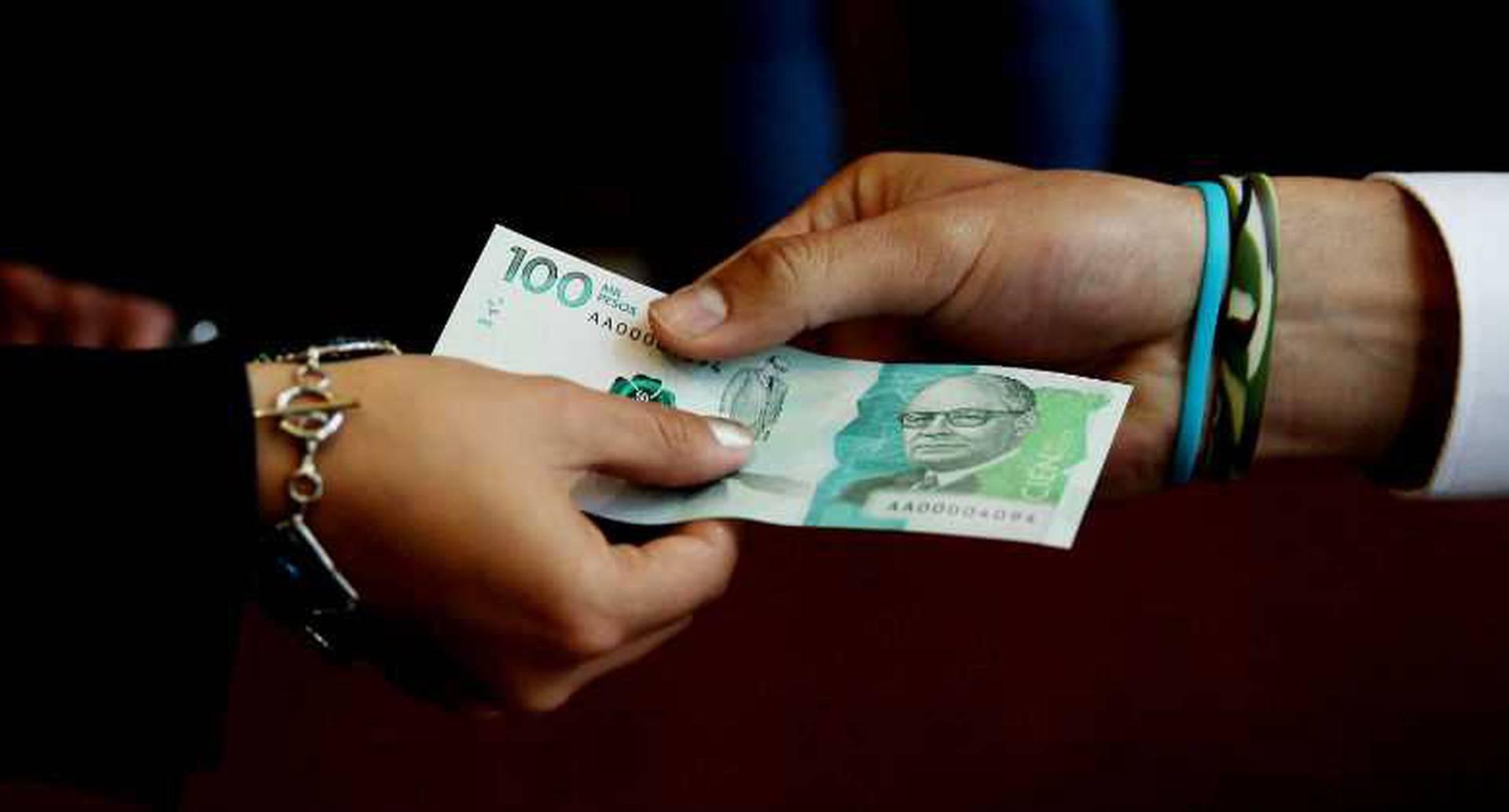 El billete de 100.000 pesos empezó a circular este 31 de marzo.