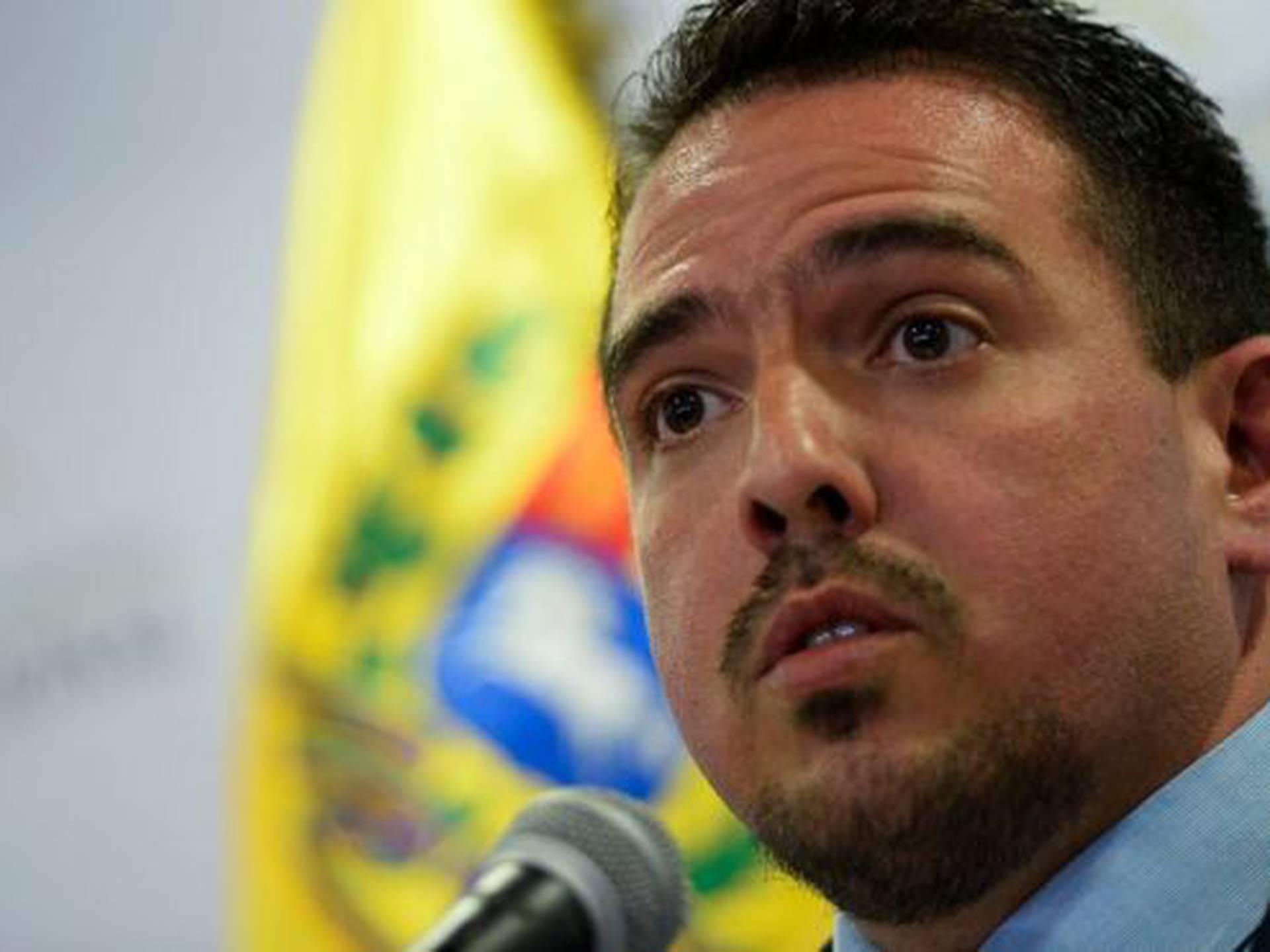 El diputado Stalin González busca que la oposición en Venezuela vaya a las urnas en diciembre.