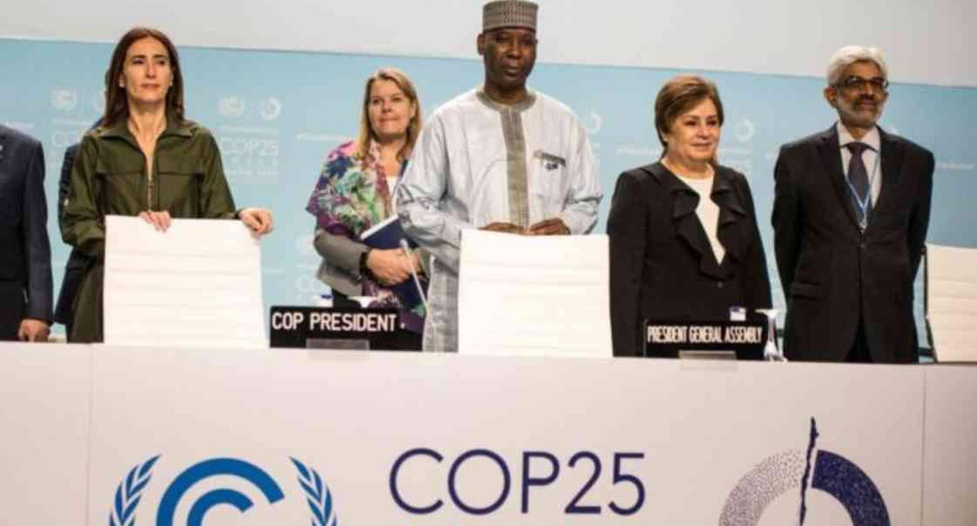 Con dos días de retraso finalizó la COP25 presidida por la ministra chilena Carolina Schmidt (primera a la izquierda). Foto: GETTY IMAGES