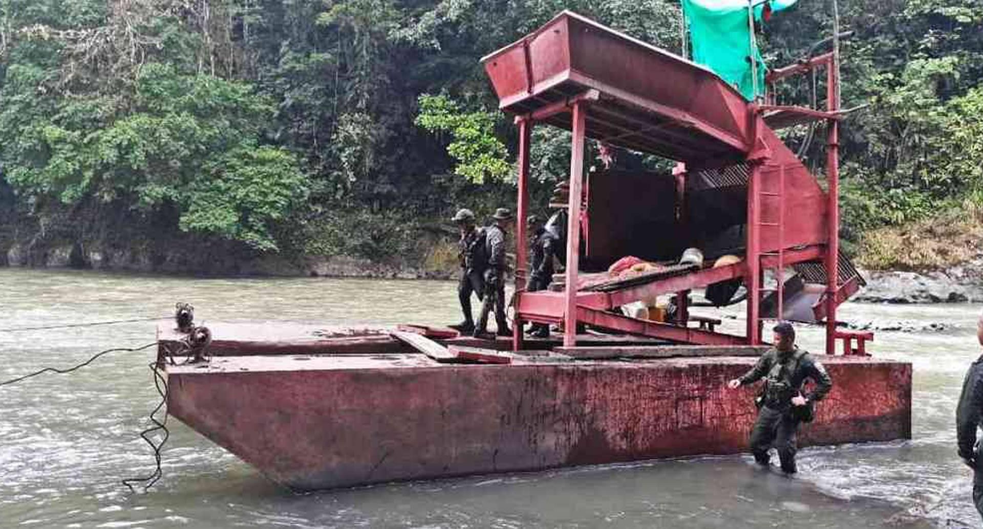 Gobierno radicó proyecto de ley contra la minería ilegal | Noticias Colombia/Foto: Ejército Nacional