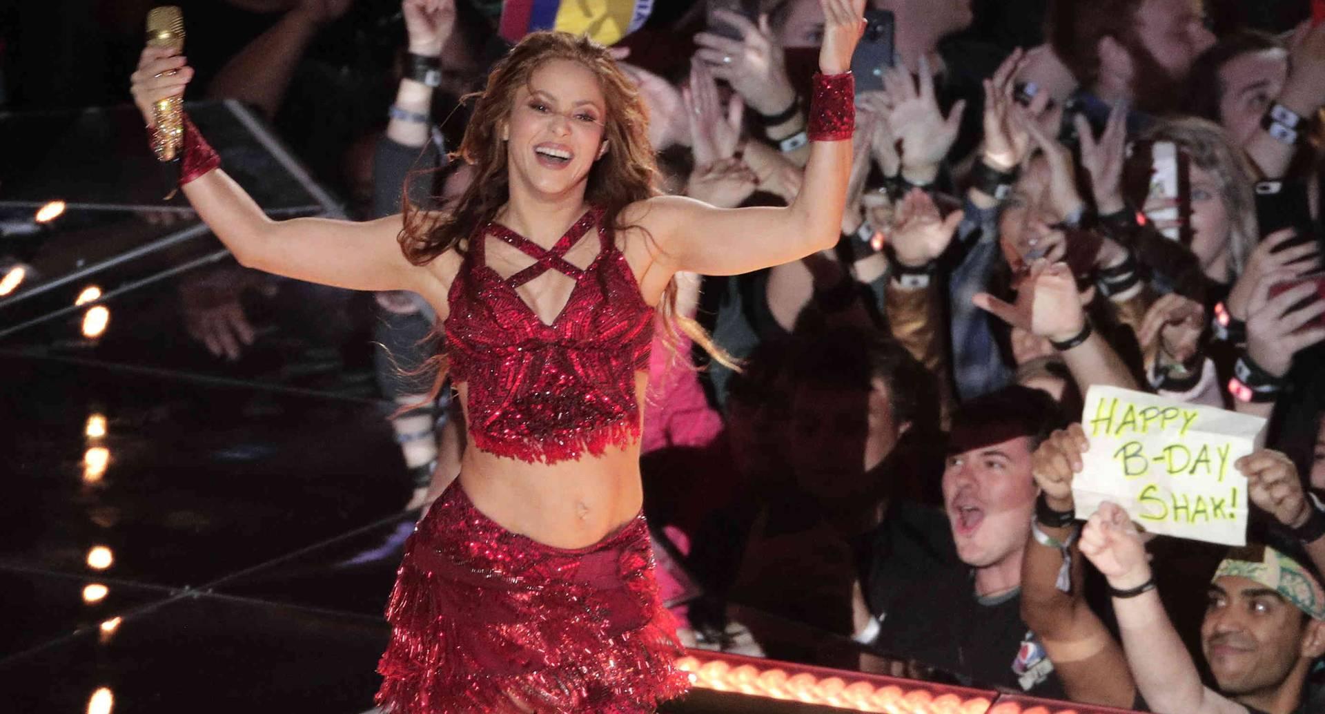 Shakira fue parte del esperado entretiempo de la final del fútbol americano de la NFL.