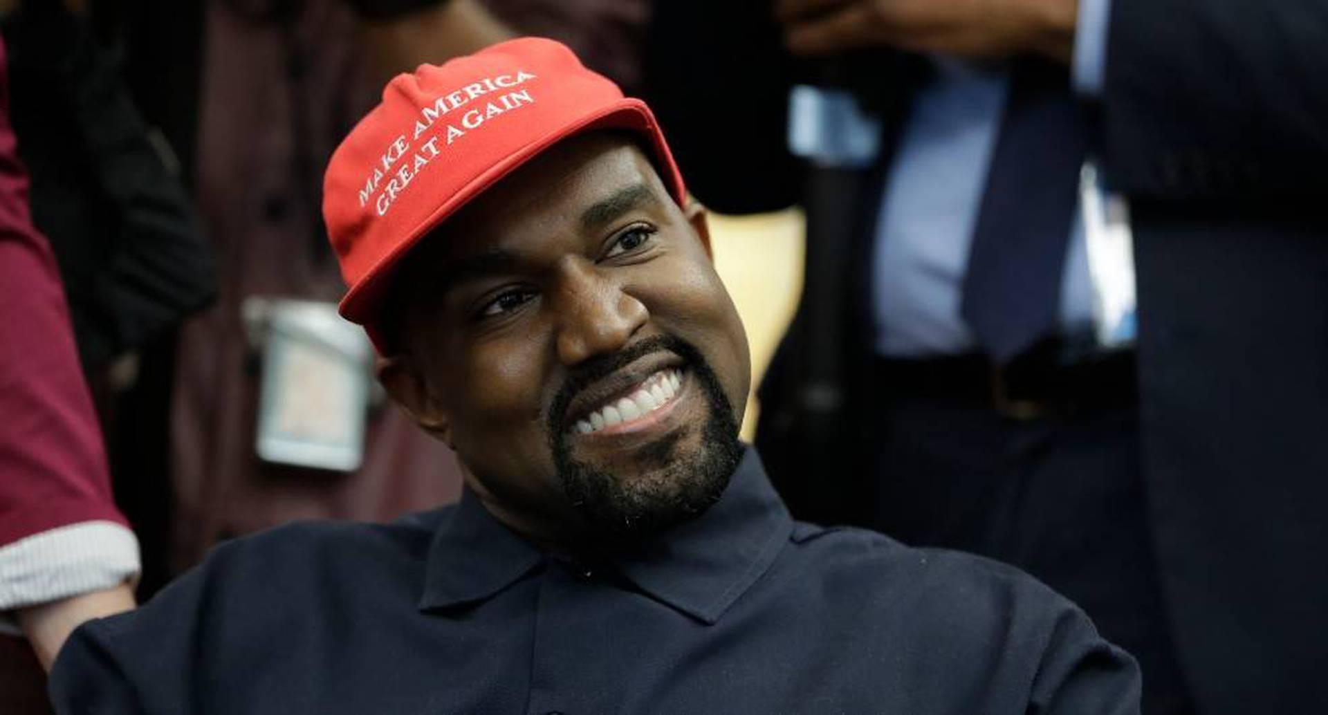 """Kanye West estaría """"fuera"""" de las elecciones presidenciales de EE. UU."""