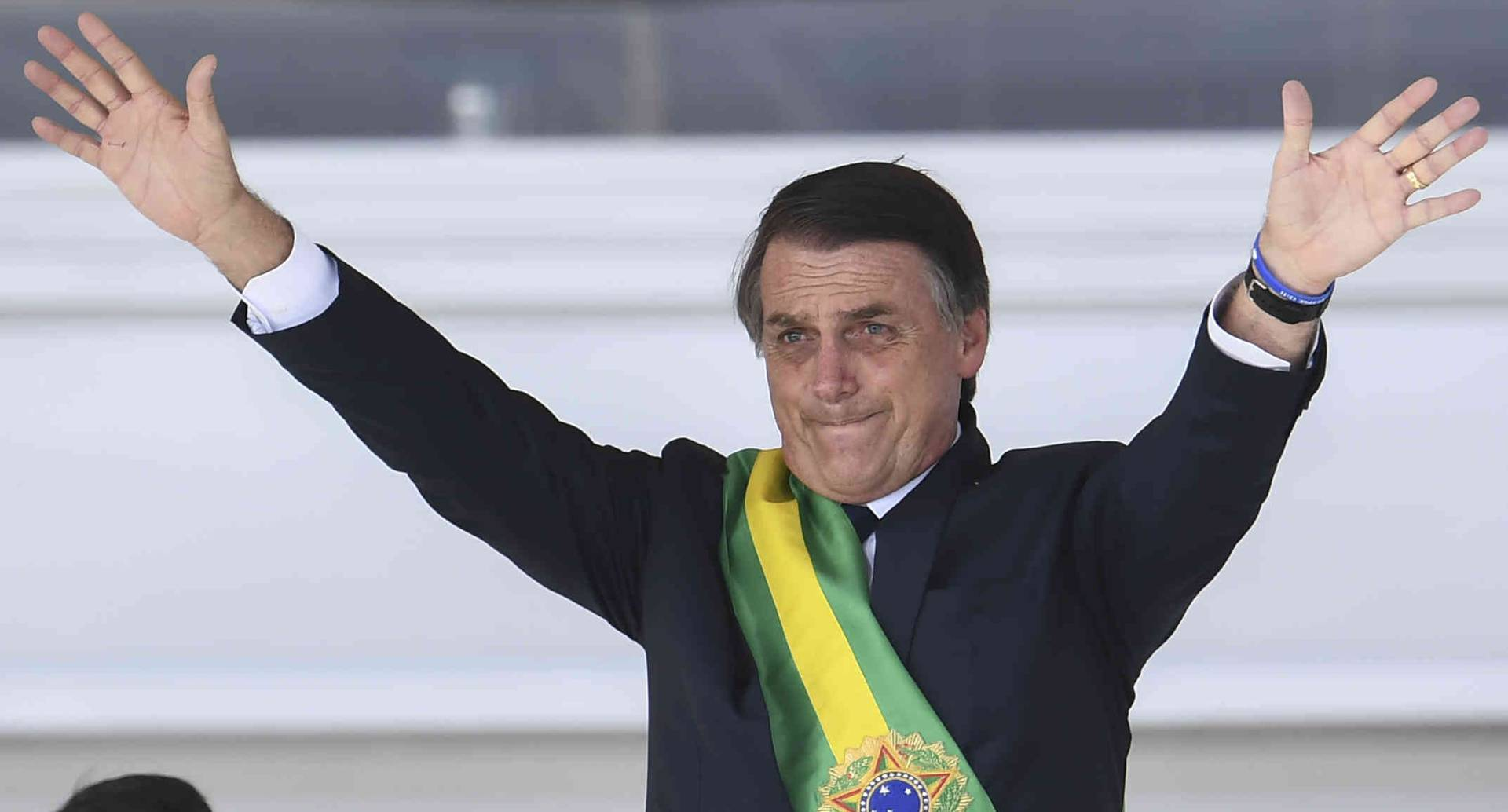 En sus primeros 100 días de gobierno, el presidente brasileño Jair Bolsonaro enfrenta una caída de su popularidad.