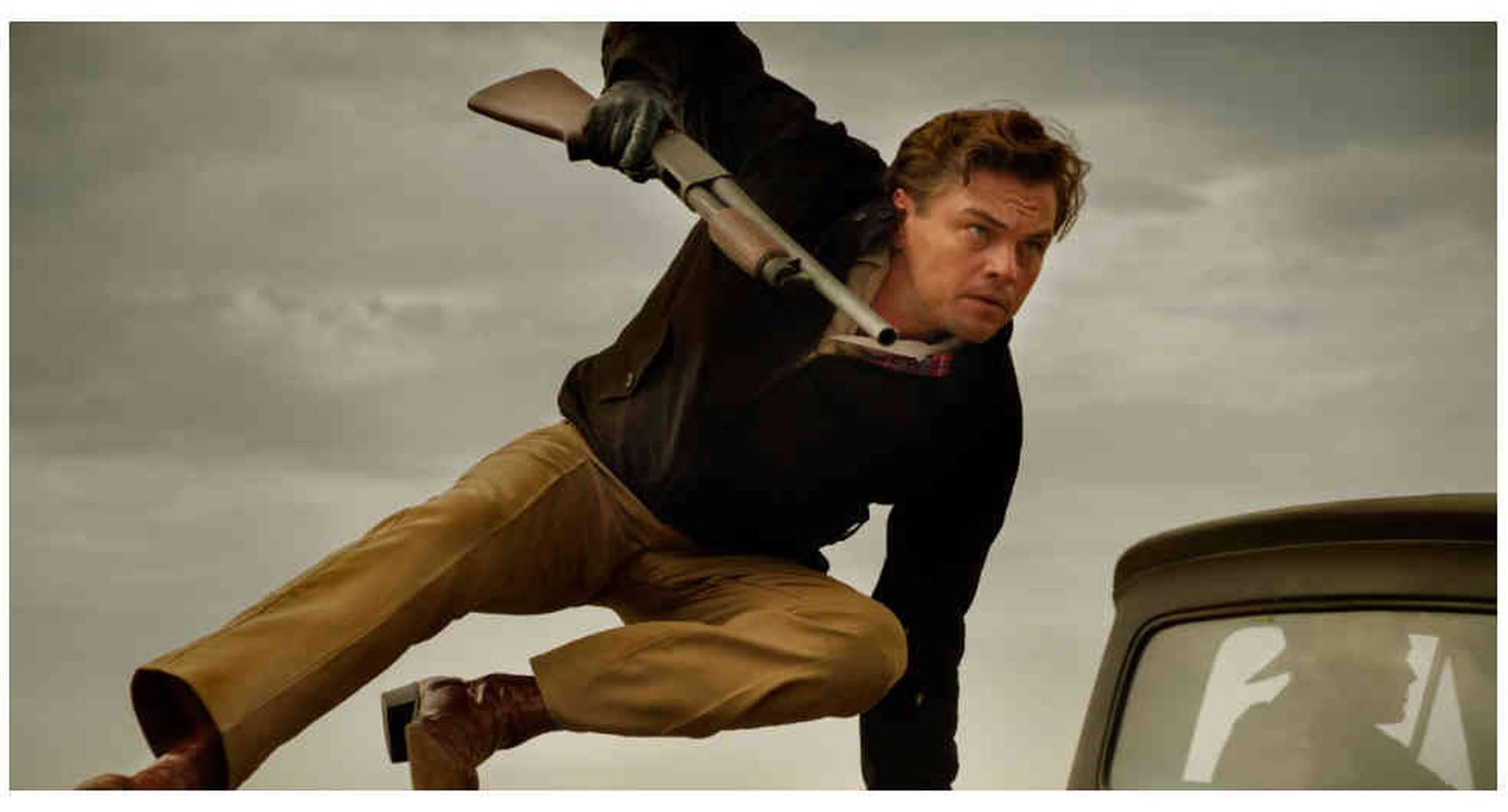Leonardo DiCaprio hace de Rick Dalton, un actor que se abre camino en Hollywood a finales de los sesenta.
