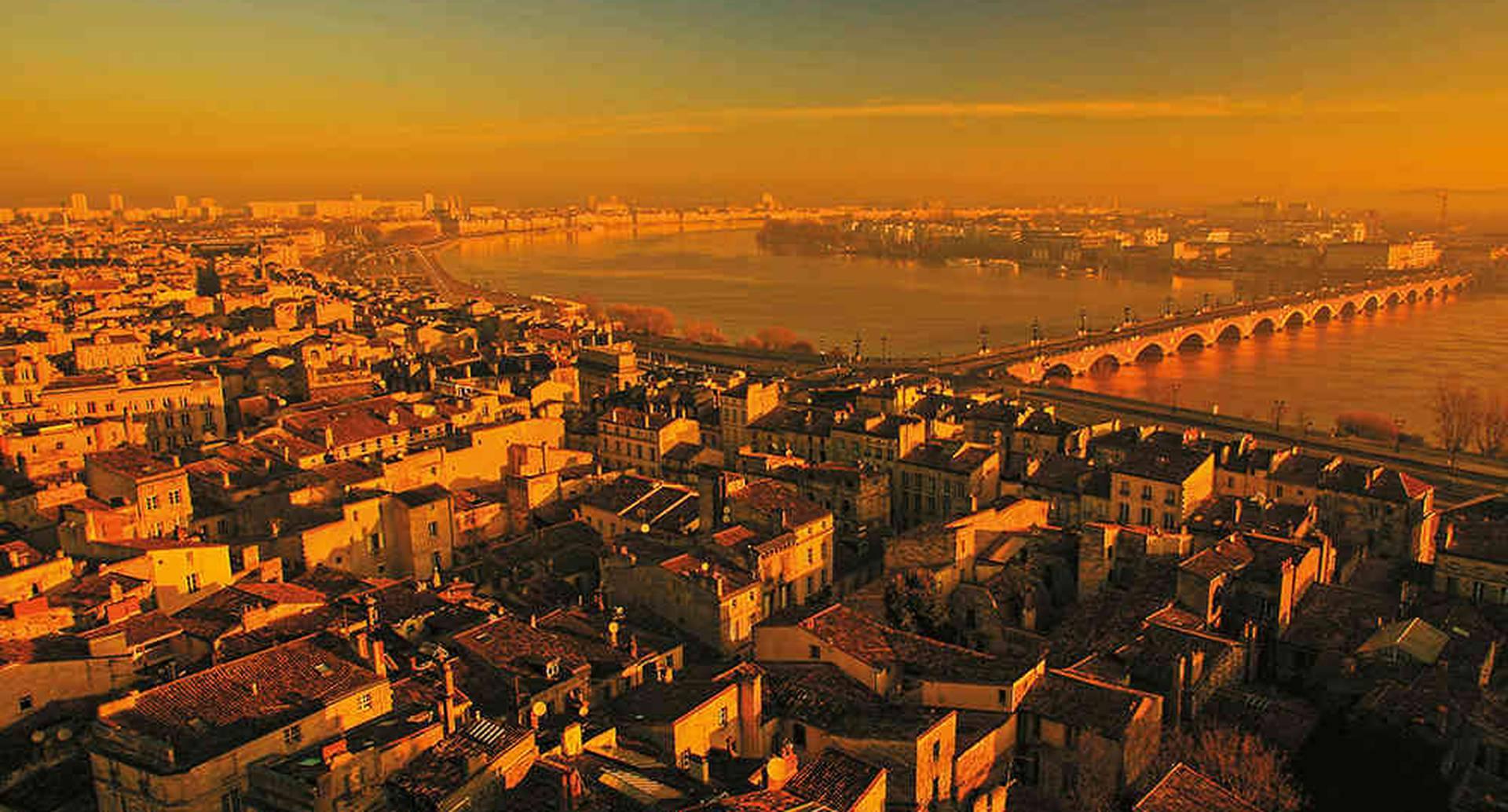 La ciudad de Bordeaux fue declarada Patrimonio Mundial de la Unesco en 2007.